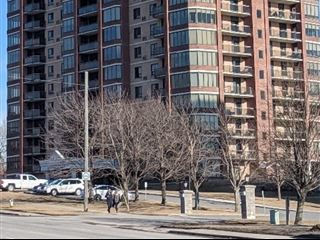 1000 King St W property image 1/50.