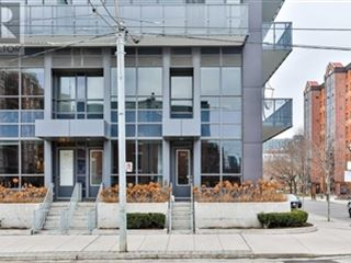 1030 King St W property image 4/16.