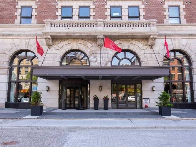 Royal Connaught - 717 118 King Street East - photo 1