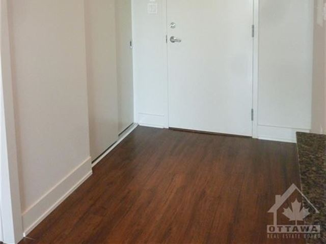 One Thr3e One - 604 131 Holland Avenue - photo 2