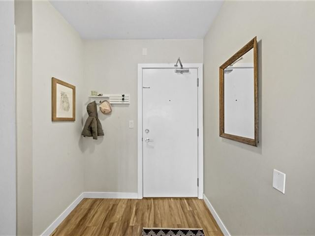 Shine - 319 289 6th Avenue East - photo 2