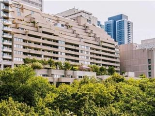 360 Bloor St E property image 2/38.