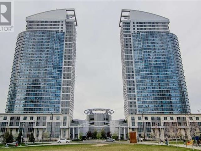 Ellipse - East Tower - th123 38 Lee Centre Drive - photo 1