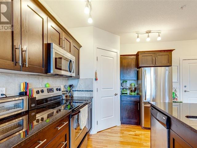 Brava Condominiums - 305 5110 36 Street - photo 3