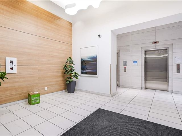 Wall Centre Central Park Tower 3 - 513 5470 Ormidale Street - photo 3