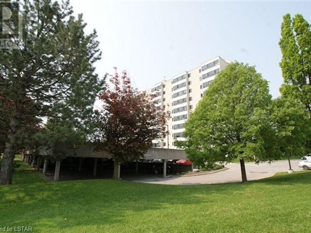 600 Grenfell DR - 607 600 Grenfell Drive - photo 2