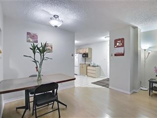 6827 Centre St Nw property image 1/25.