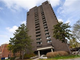 71 Somerset St W property image 1/29.
